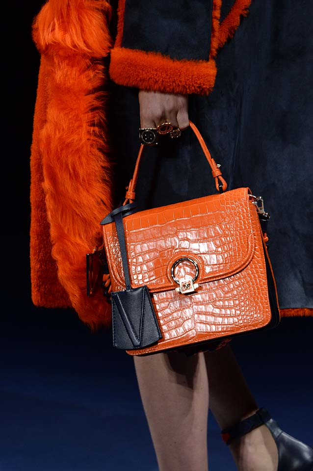 Versace-fw17-rtw-fall-winter-2017-18-accessories-details-collection (79)-orange-leather-bag