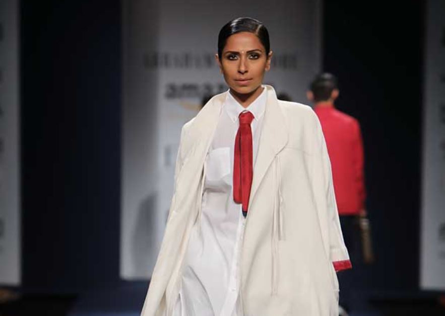 Abraham & Thakore Collection-abraham-thakore-collection-aifw-indo-western-clothing-amazon-india-fashion-week-2017-bindi-white-outfit