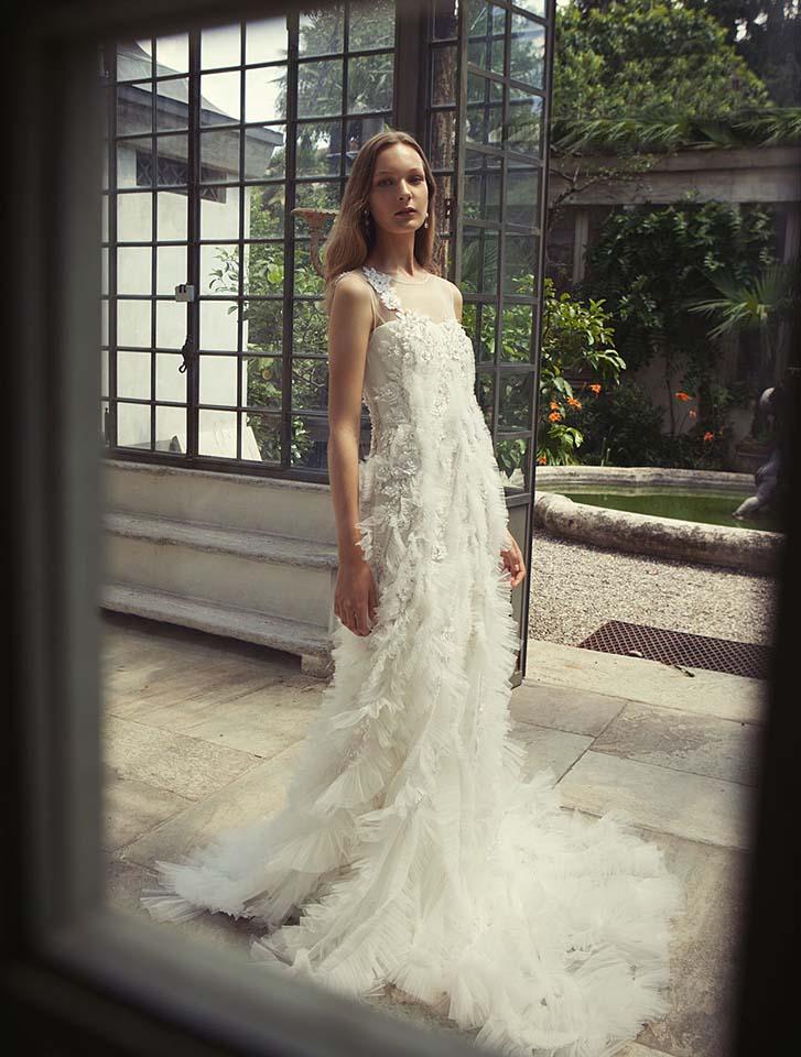 alberta-ferretti-bridal-fall-winter-2017-collection (12)-ruffles-white-gown