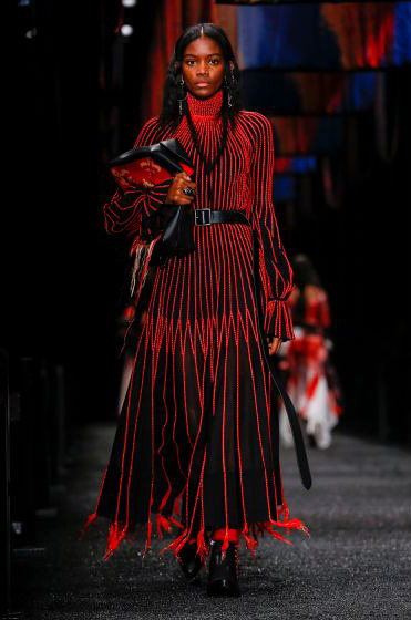 alexander-mcqueen-fw-17-fall-winter-2017-18-collection (12)-black and red-dress