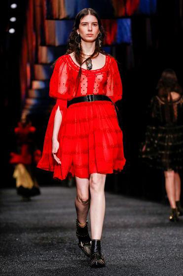 alexander-mcqueen-fw-17-fall-winter-2017-18-collection (23)-red-sheer-dress