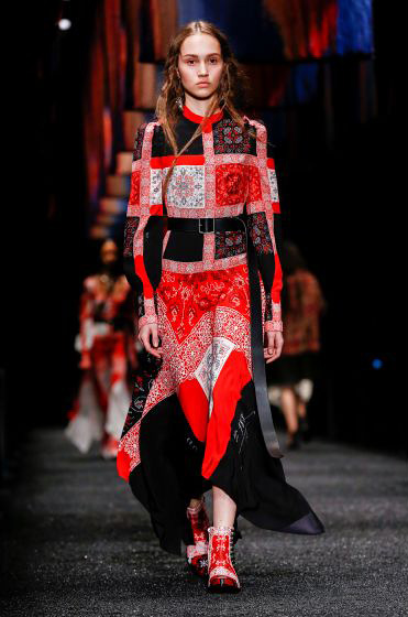 alexander-mcqueen-fw-17-fall-winter-2017-18-collection (9)-printed-dress-shoes