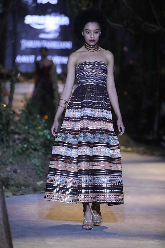 amit-aggarwal-amazon-india-fashion-week-2017-dress-indian (14)-multicolored-patchwork-dress