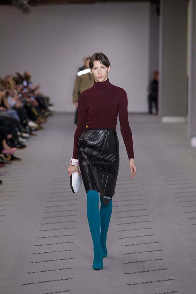 balenciaga-fw17-rtw-fall-winter-2017-18-collection (20)-leather-skirt-maroon-sweater