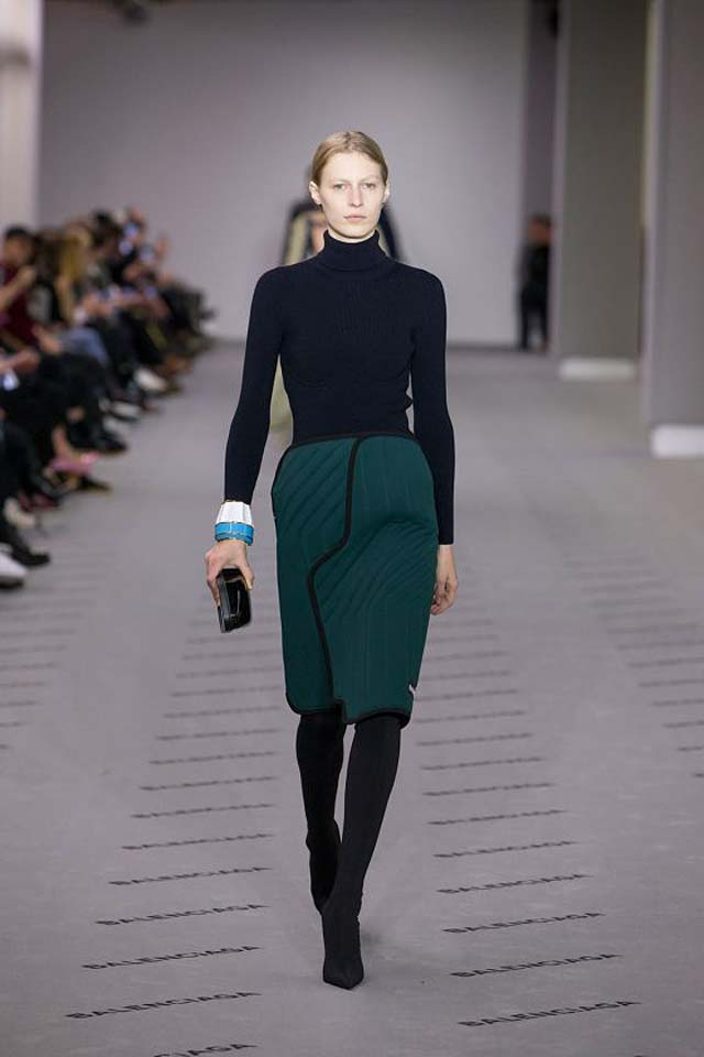 balenciaga-fw17-rtw-fall-winter-2017-18-collection (22)-green-skirt