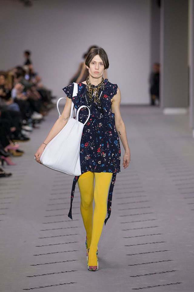 balenciaga-fw17-rtw-fall-winter-2017-18-collection (36)-blue-floral-printed-dress-yellow-leggings