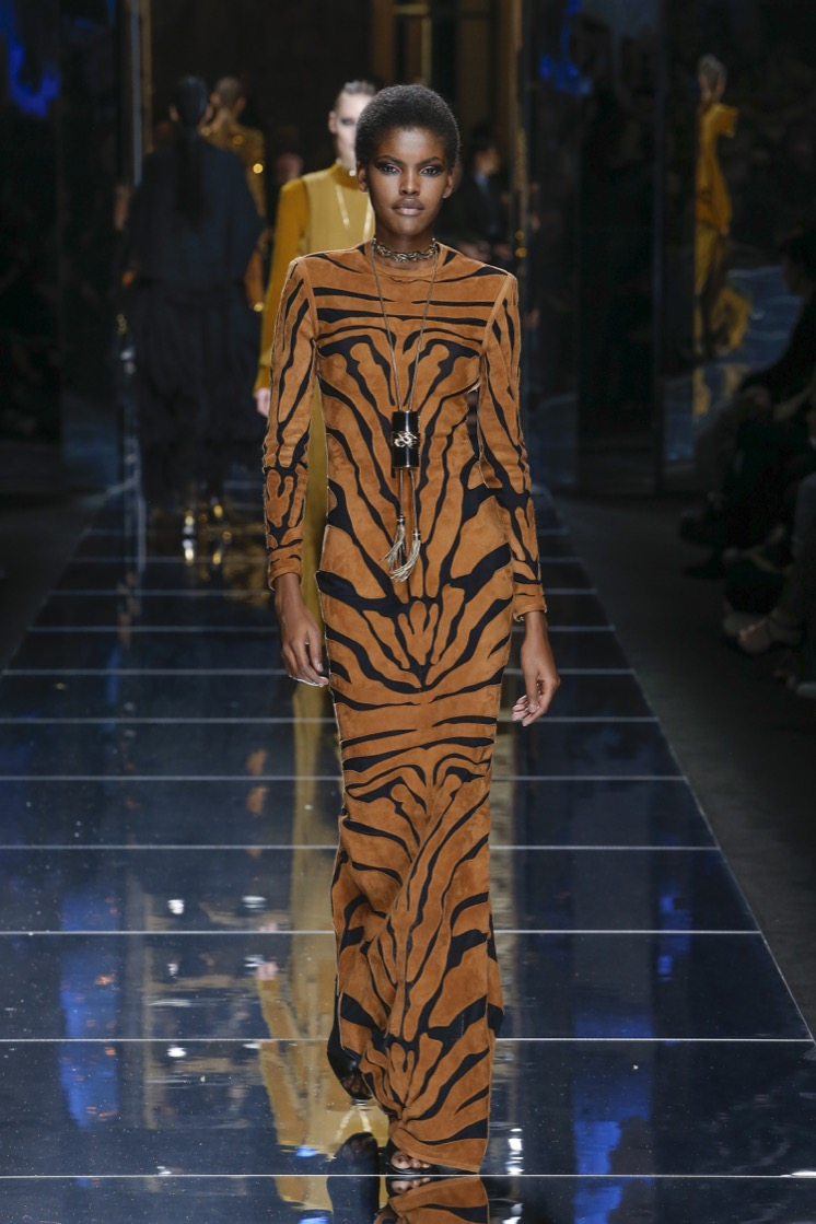 balmain-fw17-rtw-fall-winter-2017-18-collection (18)-brown-black-cat-outfit