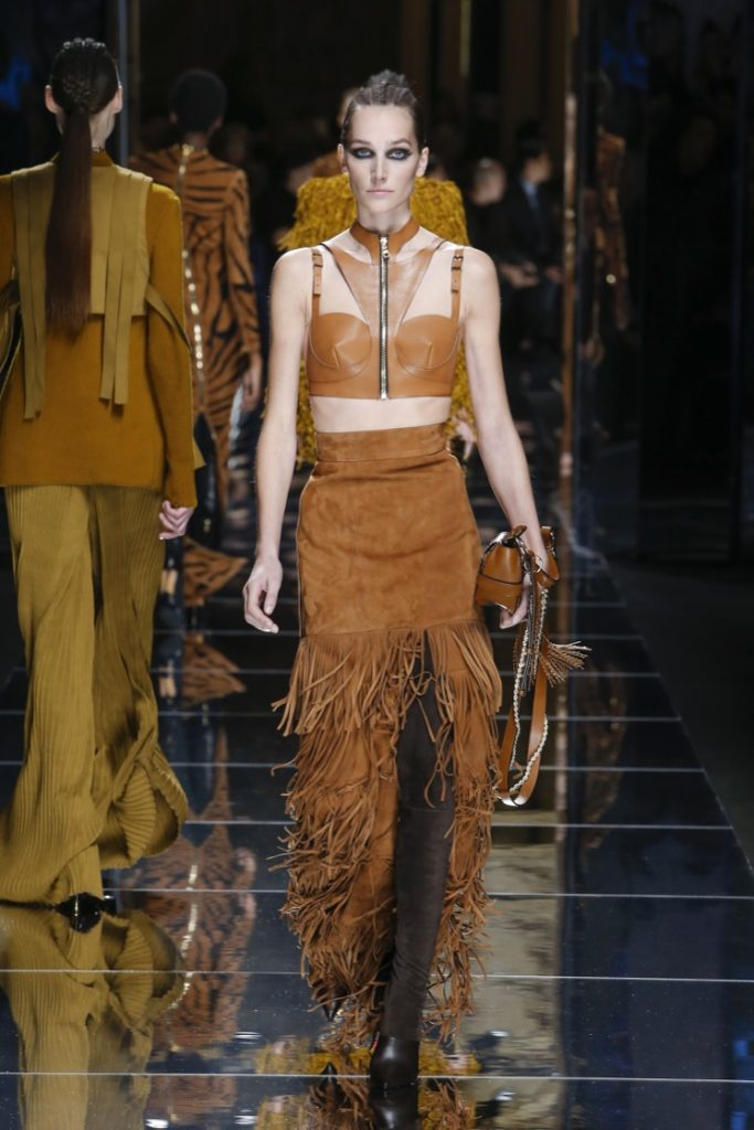 balmain-fw17-rtw-fall-winter-2017-18-collection (20)-brown-outfit
