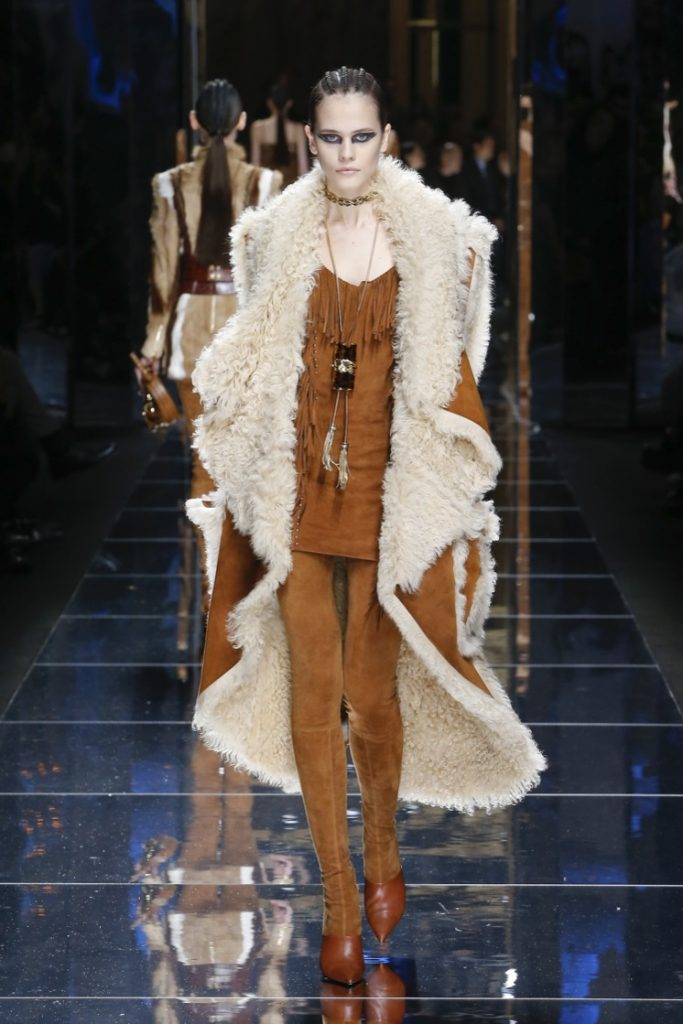 balmain-fw17-rtw-fall-winter-2017-18-collection (27)-fur-coat-cuts-brown