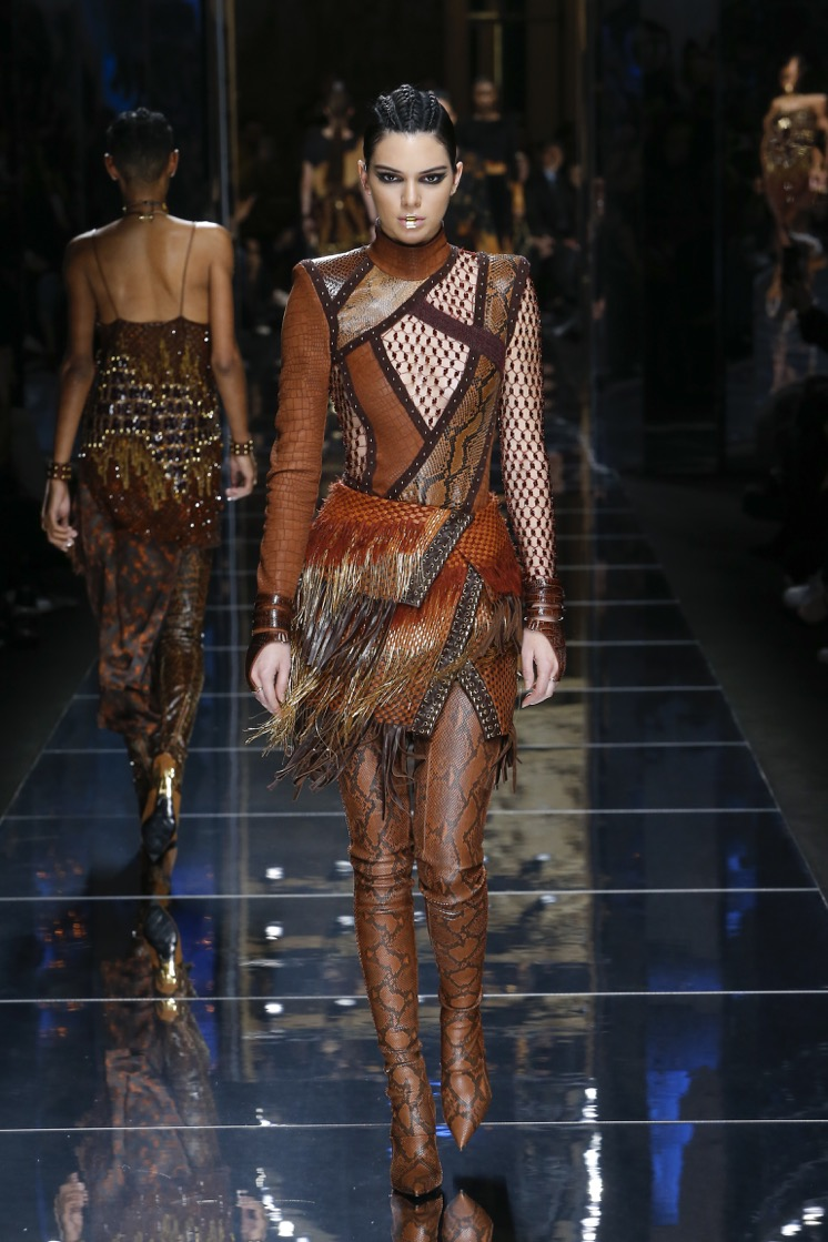balmain-fw17-rtw-fall-winter-2017-18-collection (3)-sheer-brown-outfit