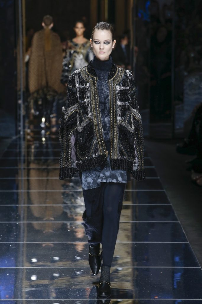 balmain-fw17-rtw-fall-winter-2017-18-collection (37)-long-sleeves-jacket