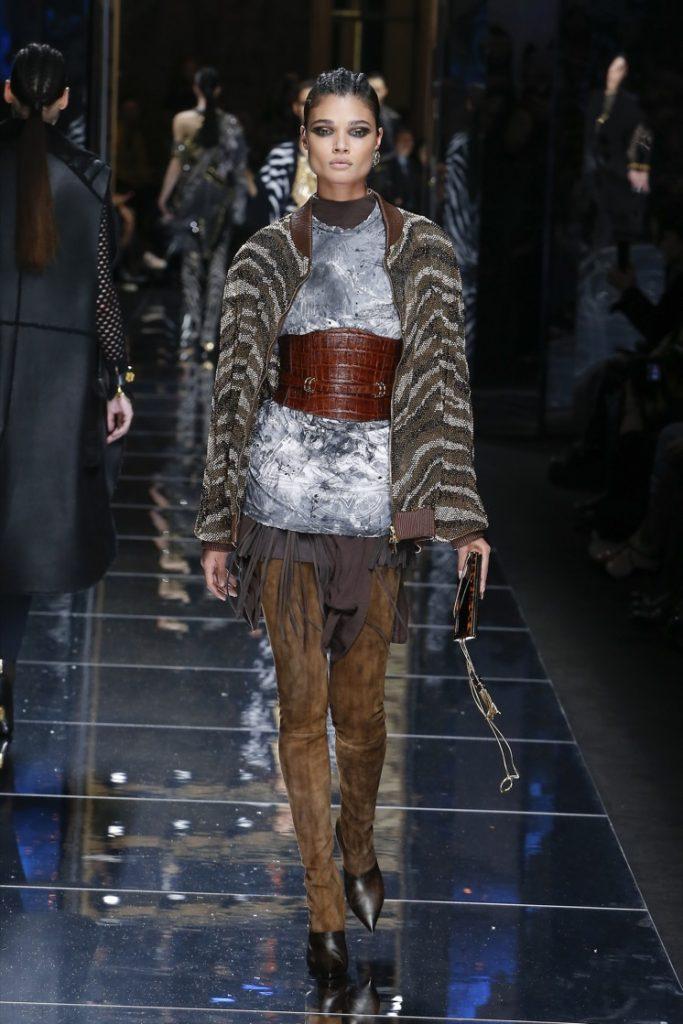 balmain-fw17-rtw-fall-winter-2017-18-collection (41)-jacket-corset-belt