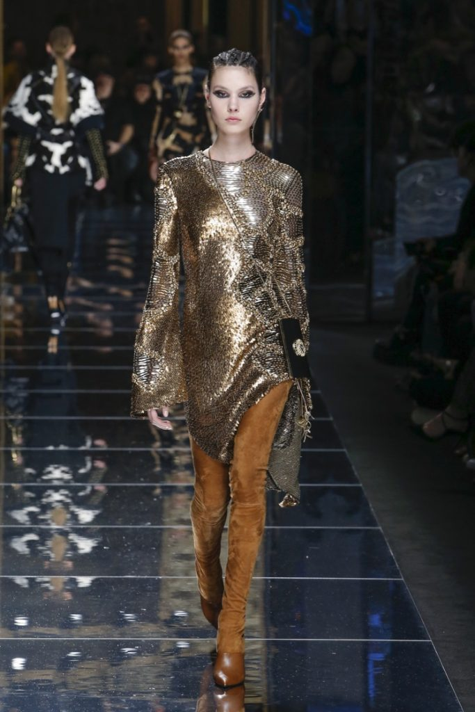 balmain-fw17-rtw-fall-winter-2017-18-collection (46)-metallic-dress