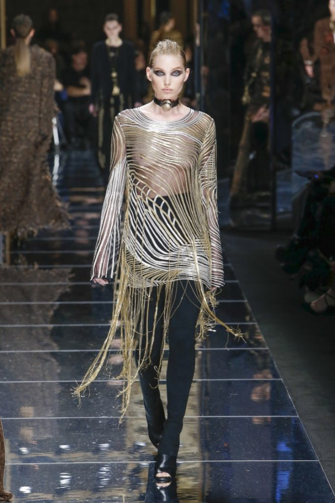 balmain-fw17-rtw-fall-winter-2017-18-collection (59)-fringes-metallic-top