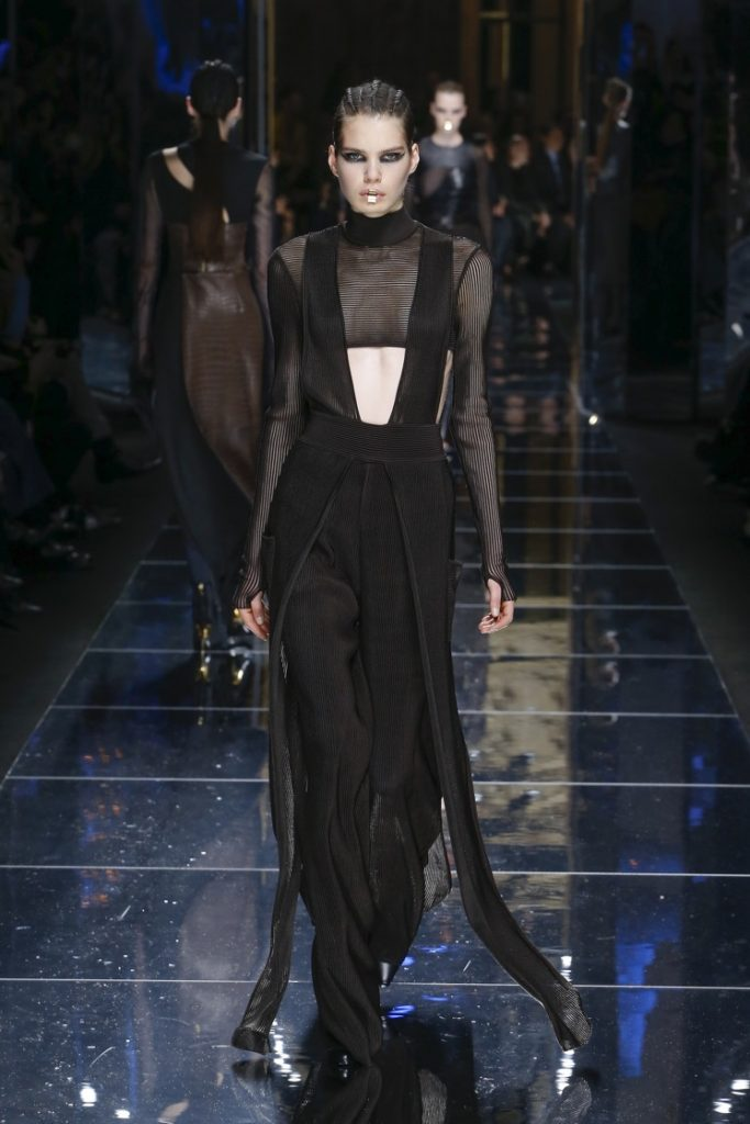 balmain-fw17-rtw-fall-winter-2017-18-collection (69)-sheer-fringes-top-black-outfit