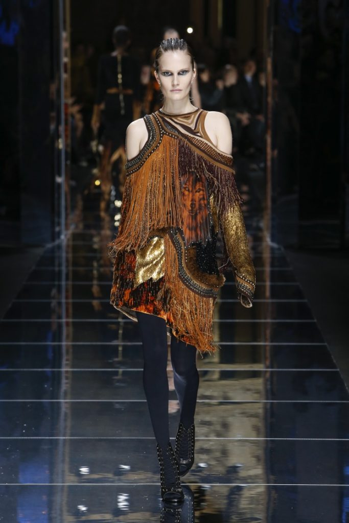 balmain-fw17-rtw-fall-winter-2017-18-collection (7)-fringes-top-dress