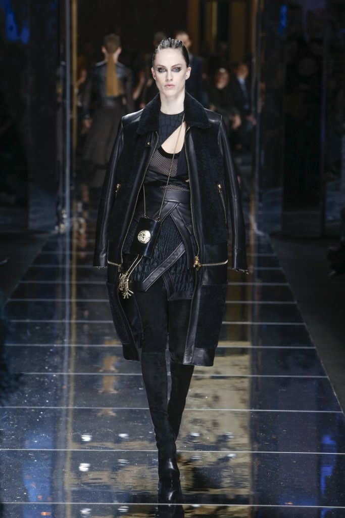 balmain-fw17-rtw-fall-winter-2017-18-collection (72)-black-leather-jacket