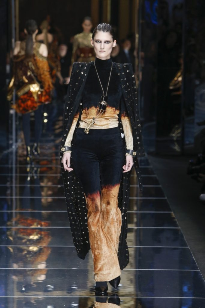 balmain-fw17-rtw-fall-winter-2017-18-collection (9)-black-brown-velvet-dress