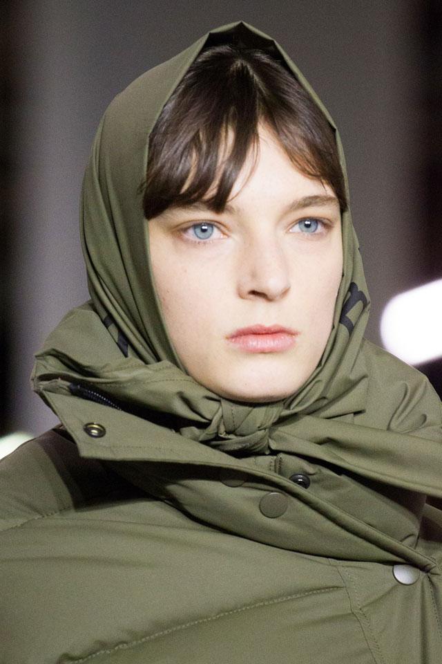 beauty-trends-no-makeup-fall-winter-2017-designer-balenciaga