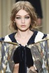 best-makeup-trend-designer-alberta-ferretti-colored-eyeshadow-fall-winter-2017-