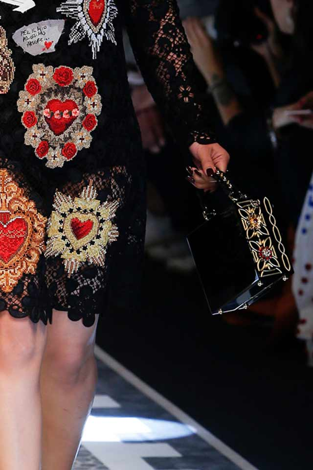black-box-bag-dolce-gabbana-2017-latest-trends-in-bags-must-have-for-fall-winter17