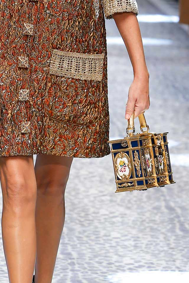 box-bags-gold-latest-fall-winter-2017-collection-dolce-gabbana