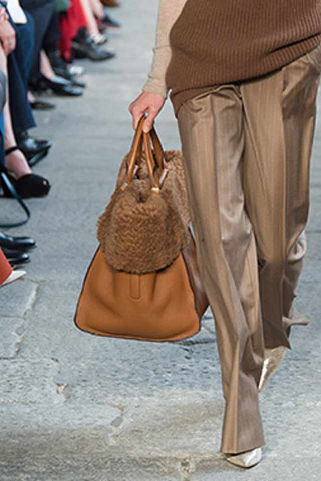 brown-max-mara-handbags-for-2017-fall-winter-trends