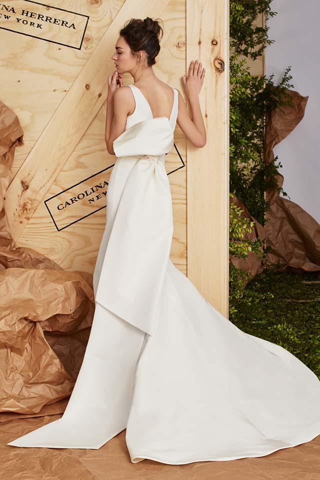 carolina-herrera-bridal-spring-summer-2017-collection (14)-gown-bow-back