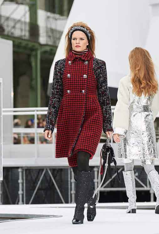 chanel-fw17-rtw-fall-winter-2017-18-collection (13)-checks-red-black