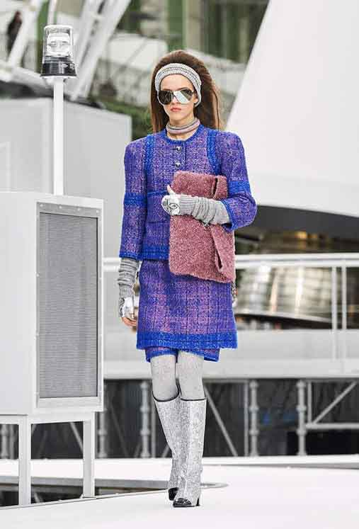 chanel-fw17-rtw-fall-winter-2017-18-collection (31)-sunglasses-hairstyle-bag