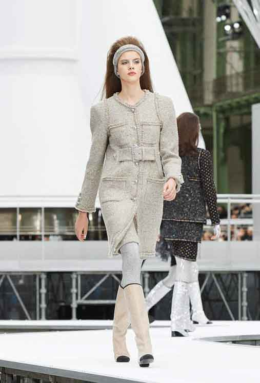 chanel-fw17-rtw-fall-winter-2017-18-collection (32)-sweater-dress