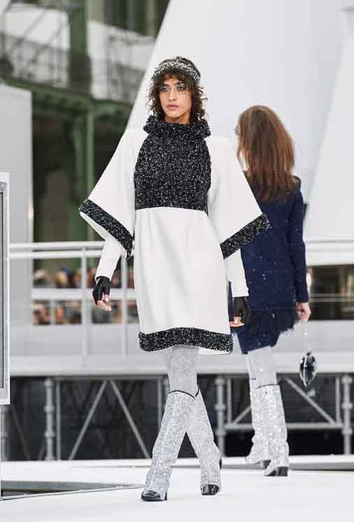 chanel-fw17-rtw-fall-winter-2017-18-collection (78)-black-shimmer-and-white-dress