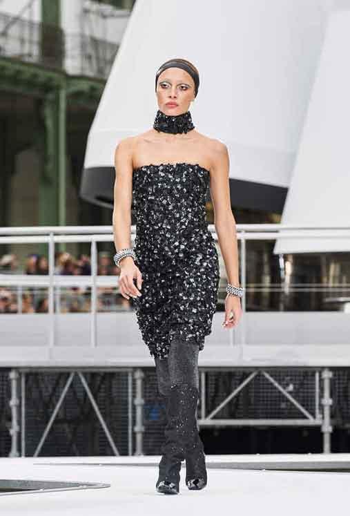 b40a9a08c713 SlubAnalytics: Chanel Fall Winter 2017 Fashion Trend Analysis