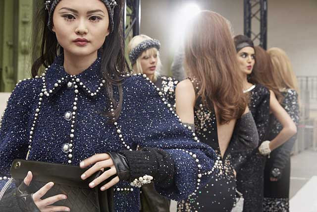 chanel-fw17-rtw-fall-winter-2017-18-collection-backstage-pics (7)-details