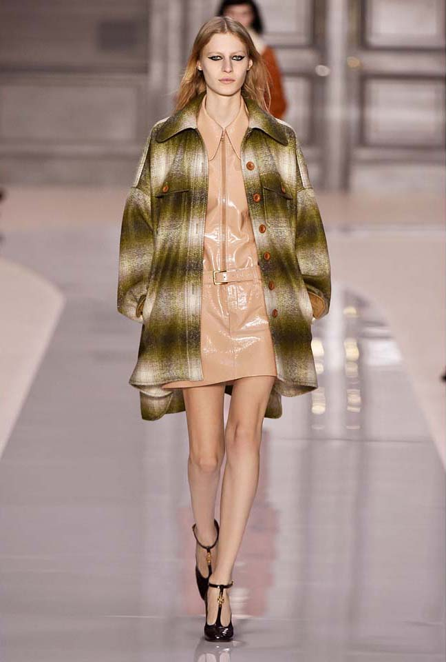 chloe-fw17-rtw-fall-winter-2017-18-collection (16)-leather-dress
