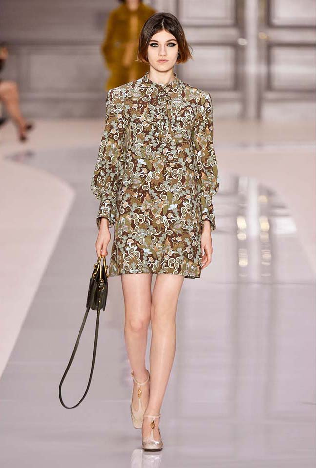 chloe-fw17-rtw-fall-winter-2017-18-collection (2)-printed-dress