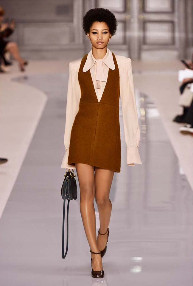 chloe-fw17-rtw-fall-winter-2017-18-collection (22)-brown-dress-haircut