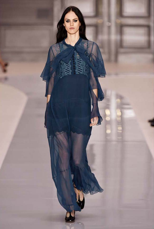 chloe-fw17-rtw-fall-winter-2017-18-collection (35)-blue-sheer-dress
