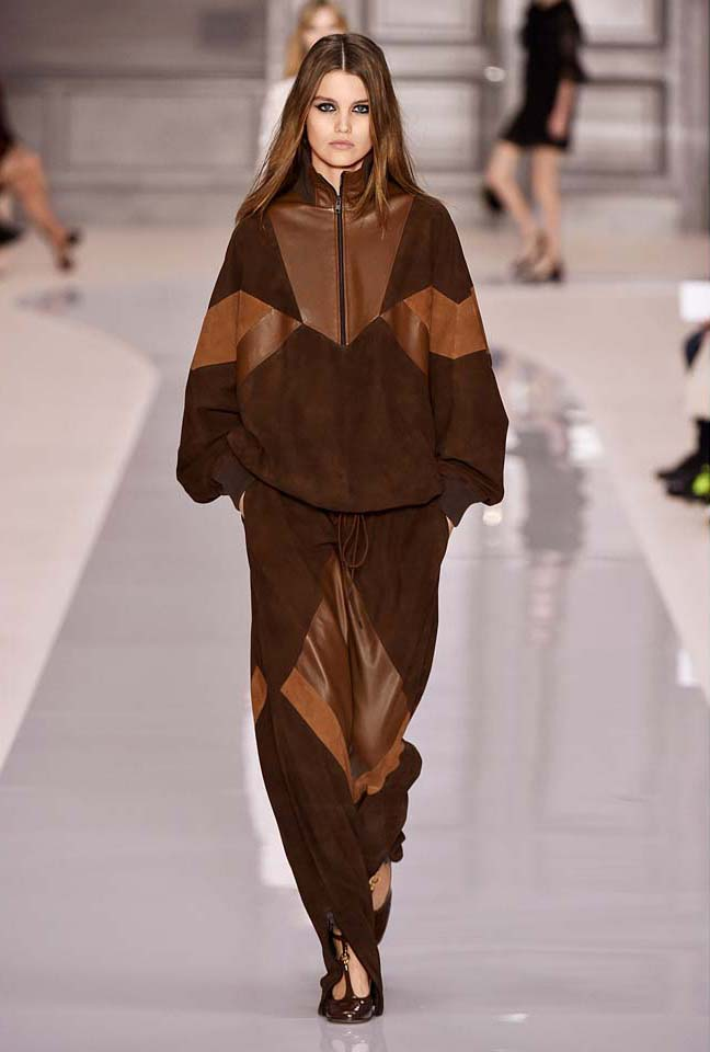 chloe-fw17-rtw-fall-winter-2017-18-collection (37)-brown-pant-jacket