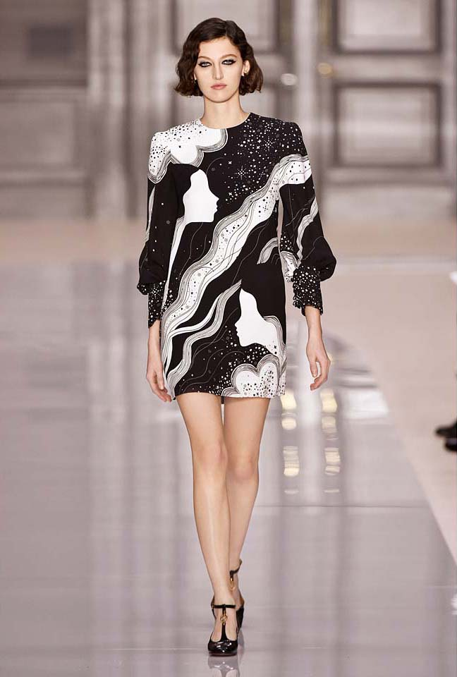 chloe-fw17-rtw-fall-winter-2017-18-collection (43)-graphic-printed-dress