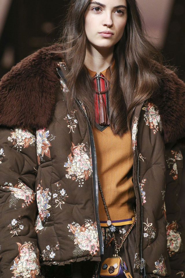 designer-coach-1941-ready-to-wear-fall-winter-2017-2018-nude-lips-makeup-trend