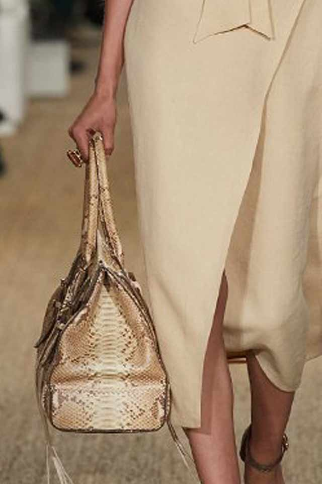 designer-handbags-for-women-latest-2017-trends-handle-structured-bag