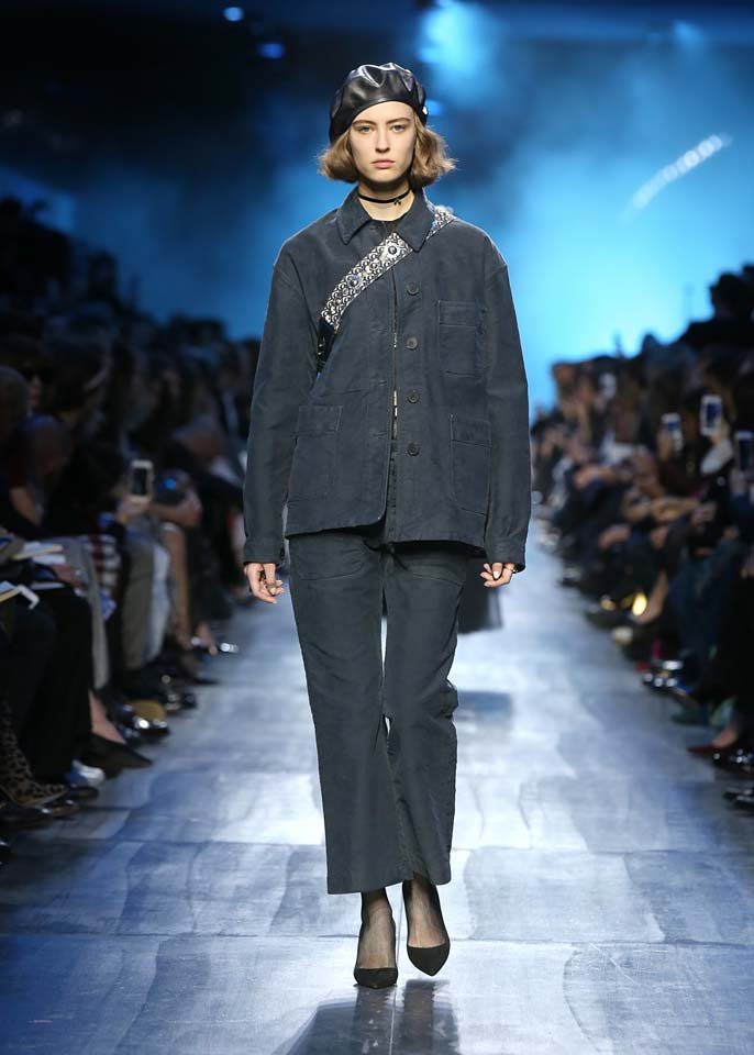 dior-fw17-rtw-fall-winter-2017-18-collection (23)-denim-suit