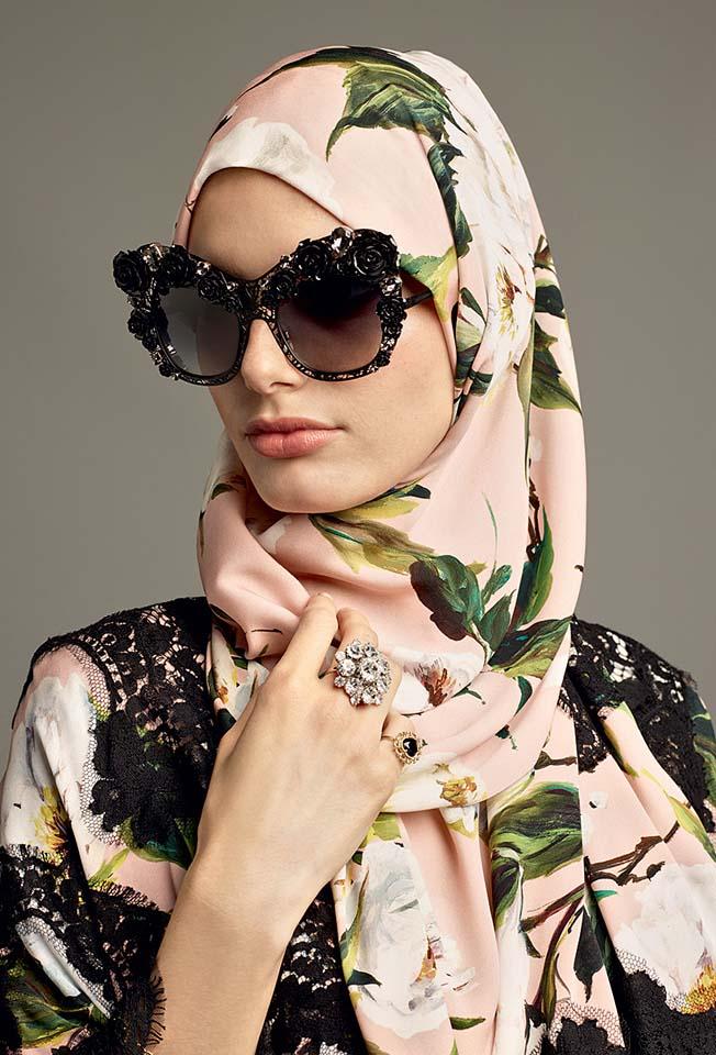 dolce-gabbana-abaya-fashion-hijab-muslim-women-style (4)-peach-floral-print