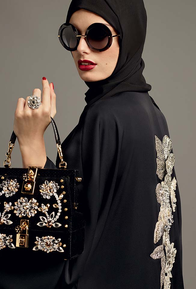 dolce-gabbana-abaya-fashion-hijab-muslim-women-style (7)-sunglasses-studded-black