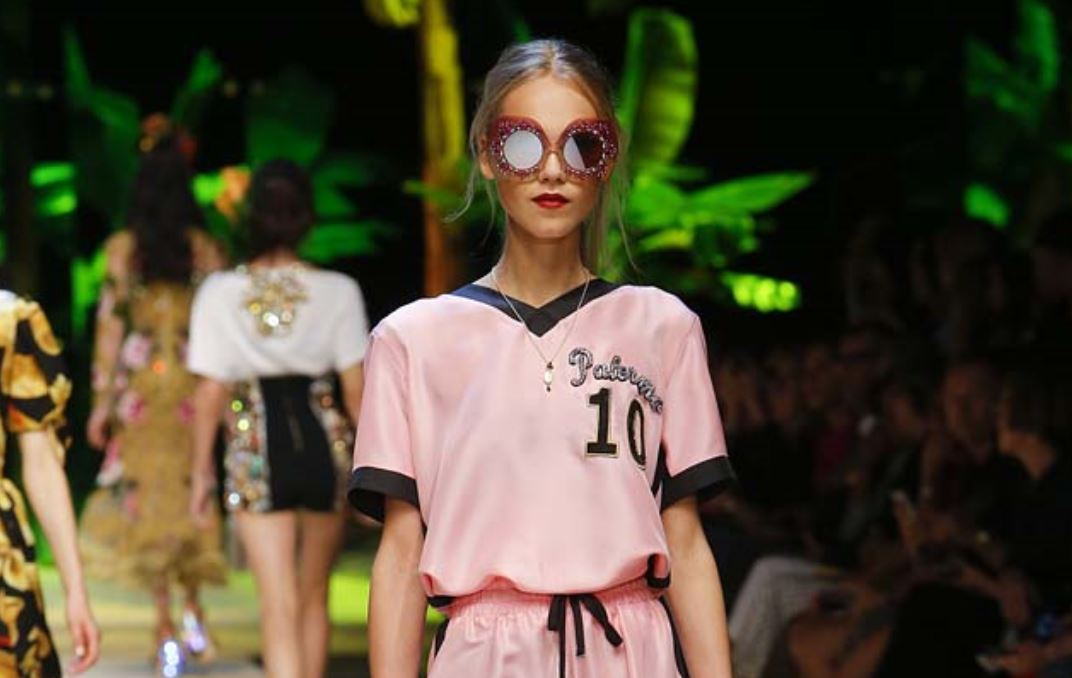 91ec438738 SlubAnalytics: Dolce & Gabbana Spring Summer 2017 Collection Trend ...