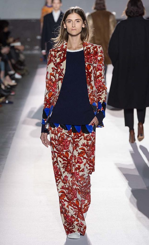 dries-van-noten-fw17-fall-winter-2017-collection-01 (28)-red-floral-printed-pants-jacket