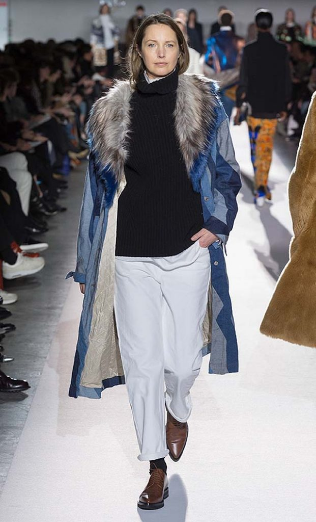 dries-van-noten-fw17-fall-winter-2017-collection-01 (35)-fur-coat-white-pants