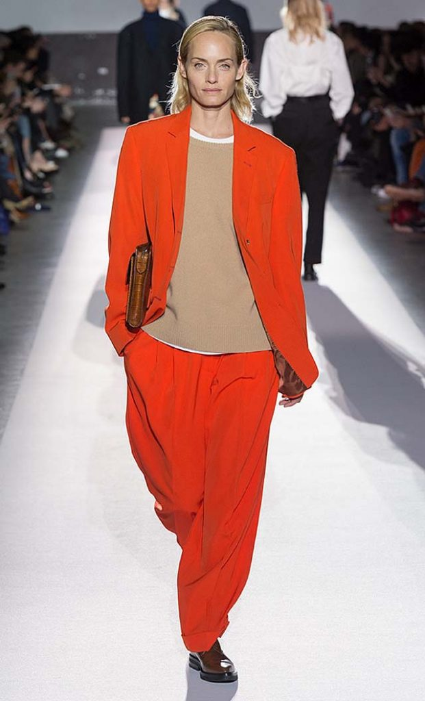 dries-van-noten-fw17-fall-winter-2017-collection-01 (6)-orange-jacket-pants