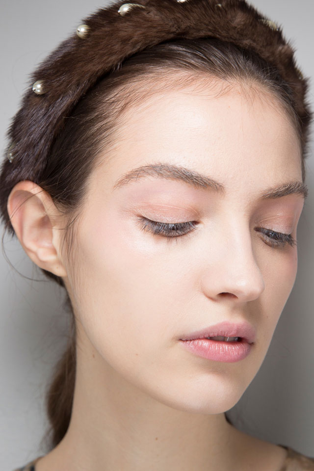 fall-winter-2017-latest-beauty-trends-designer-altuzarra-eye-makeup